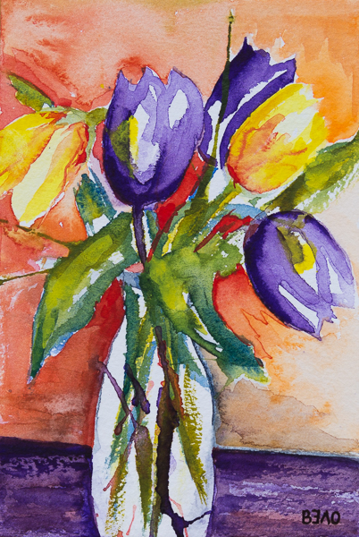 Violet & yellow tulips in Spring 2019